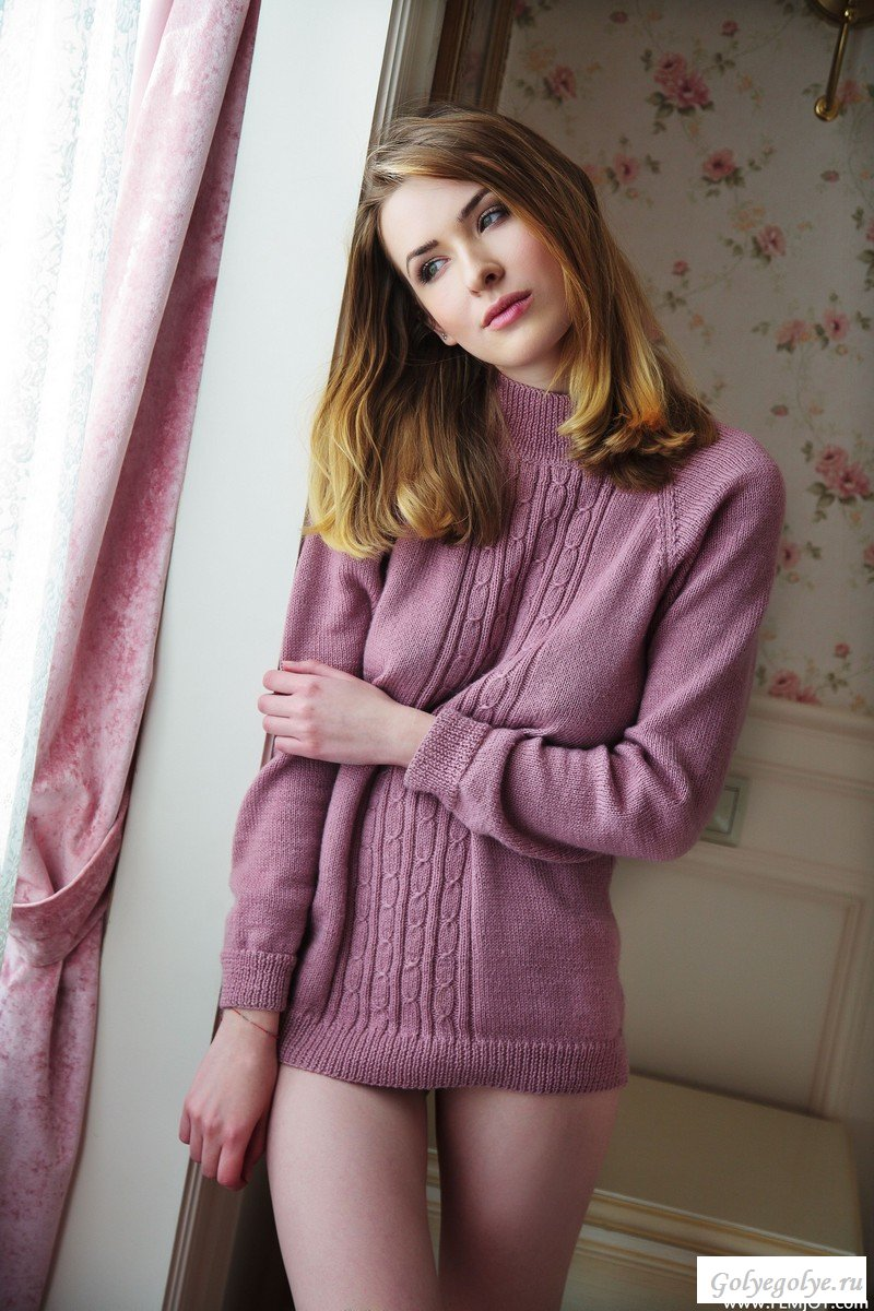 naked-sweater-girl